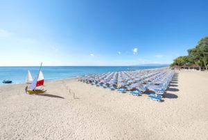 La spiaggia del Floriana Resort